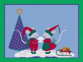 Kerstmuisjes in de sneeuw