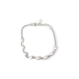 Lover of Pearls Bracelet