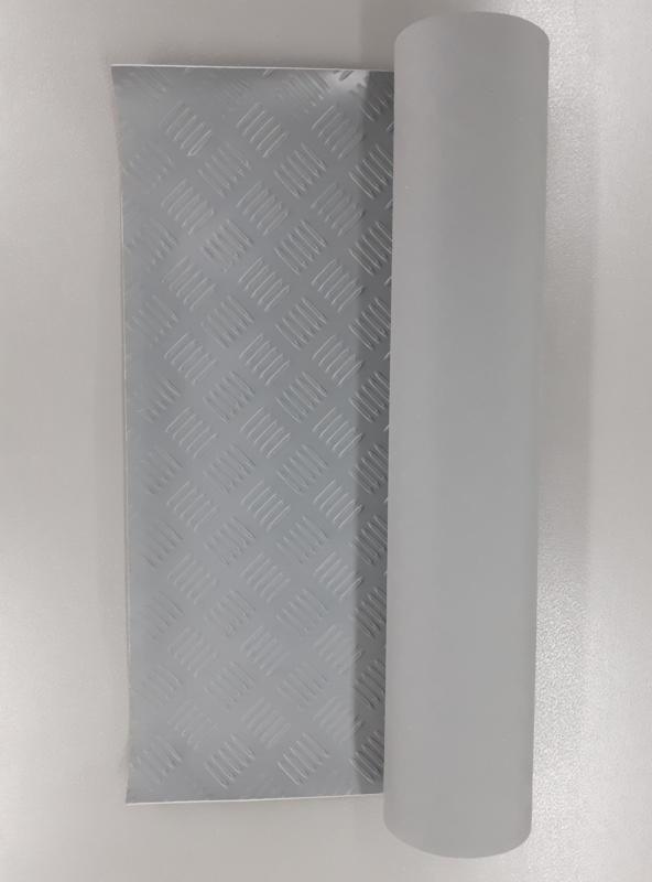 Grijs traanplaat rubber (zonder blad)