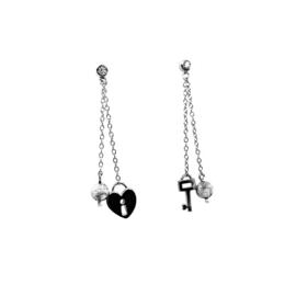 Orage Teenz zilveren oorbellen 'key to your heart'