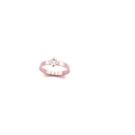 Handgemaakte ring in rosé goud met cubic zirconia