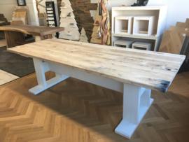 Landelijke tafel wagonhout