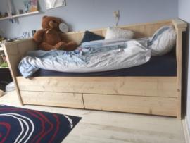 Bedbank Nieuw steigerhout
