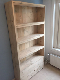 Boekenkast met lades