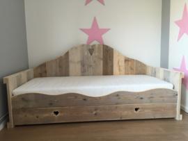 Prinsessenbed van steigerhout
