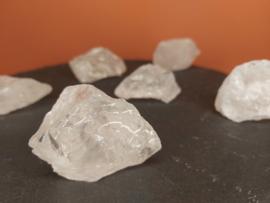 bergkristal ruw 30 - 50 gram