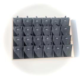 Sieraden display hout - kettingen & bedels