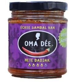 Oma Dee Sambal Hete Badjak