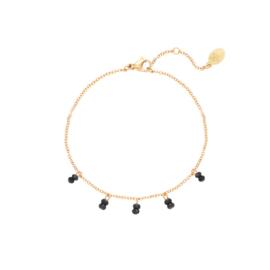 Black stones bracelet