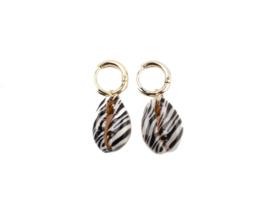 Sea shell zebra earring