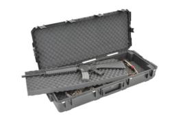 (413) Dubble geweer koffer SKB 3i-4217-db
