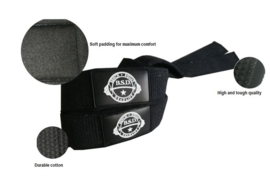 Wrist wraps + knee wraps + lifting straps