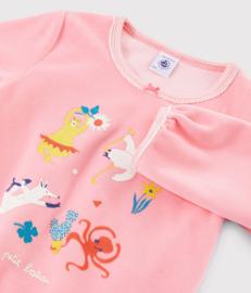 Roze meisjespyjama van fluweel met dieren en yoga Petit-Bateau