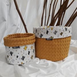 Commode mandje(s) okergeel / grijs-zwart-okergeel cactussen