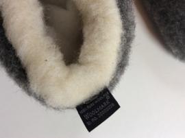 Sloffen, 100% geschoren Schapenwol met anti slipzool - Enkelhoog