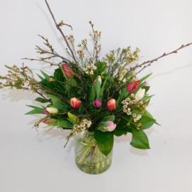 Secretaressedag Tulpenboeket Mae  bont wild