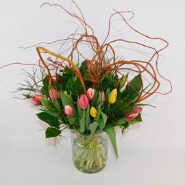 Tulpenboeket Judith rood-oranje-geel krultak