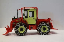 MB Trac 900 Turbo with  Forest Equipment and Wheel Chains
