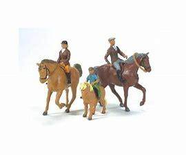 Setje Paarden en Ruiters