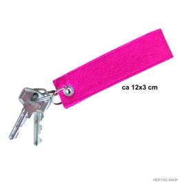 Sleutelhanger Vilt Geborduurd SURVIVOR Pink Ribbon