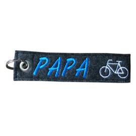 Sleutelhanger Vilt Geborduurd PAPA met afbeelding