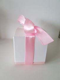 Doosje Baby Roze