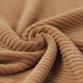 Big knitted corduroy camel