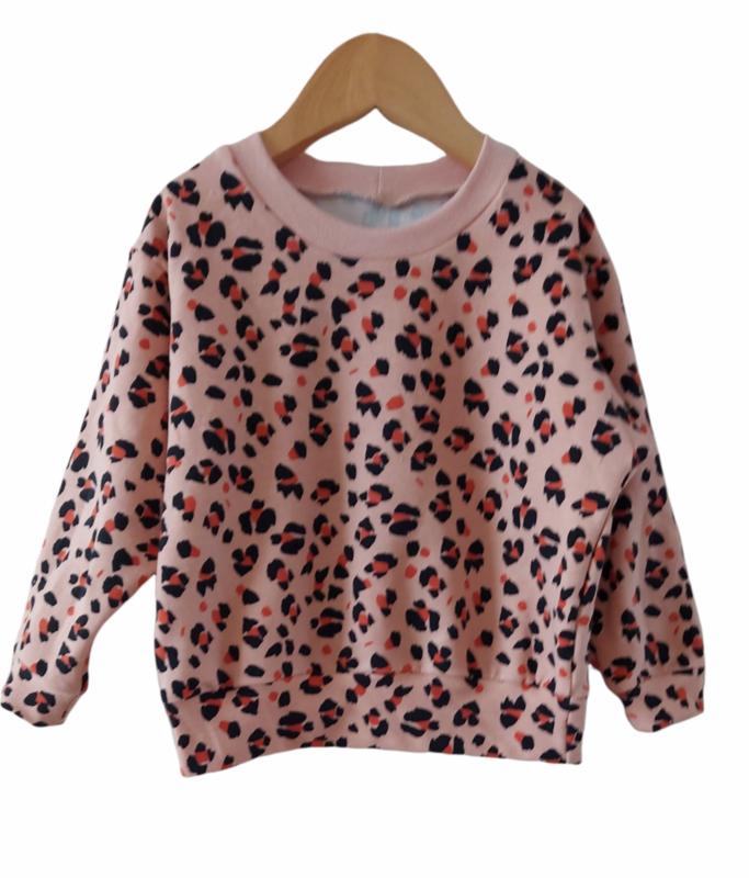 Oversized sweater leopard rose