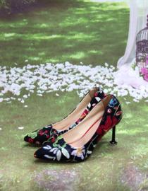 Schoen Vintage Flowers