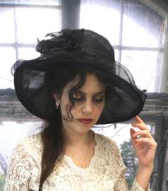 Voile Hoed Black Beauty