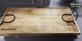Houten Dienblad met ijzeren handvaten | Brynxz