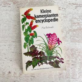 Boek Kleine kamerplanten encyclopedie