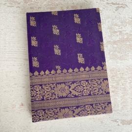 Notebook vintage sari paars/goud
