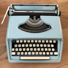 Typemachine Remington Idool baby blue