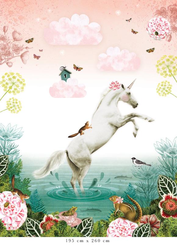 Unicorn voor Sebastien   365b x 240h cm