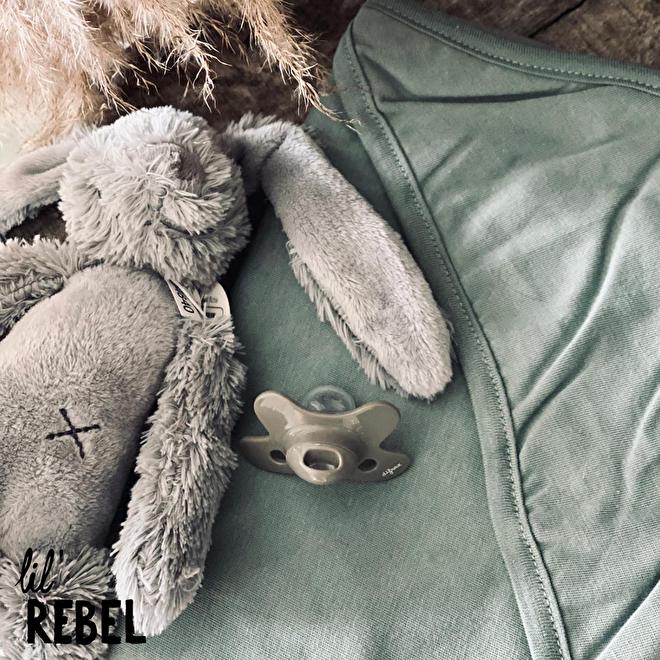 Lil' Rebel I Happy Horse, Difrax & Meyco