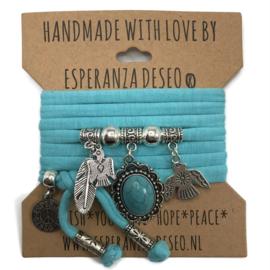"Licht turquoise blauwe armband met zilverkleurige bedels thema ""Indian turquoise"""