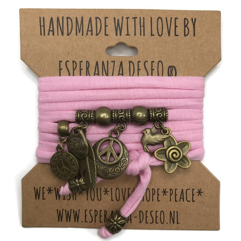 "Roze armband met brons kleurige bedels thema ""Peace"""