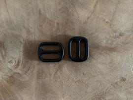 Dubbele loops mat zwart