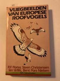 Vliegbeelden van europese roofvogels | R. F.Porter, Steen Christensen, Ian Willis, Bent Pors Nielsen | 1982 | Uitgeverij; KIM Natuurboeken |