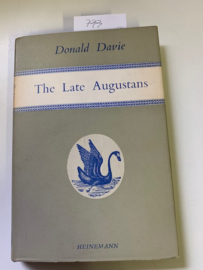 The Late Augustans | Donald Davie | ISBN 978-0435150181 |