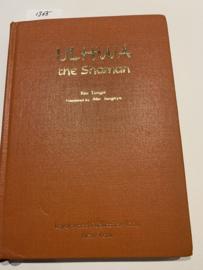Ulhwa The Shaman: Een roman van Korea; En drie verdiepingen  Kim Tongni   Vertaald  door Ahn Junghyo   1978   Uitgever: Larchwood Publication Ltd. New York  