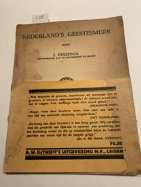 Nederland's geestesmerk | Johan Huizinga | 1935 | A. W. Sijthoff's Uitgeversmaatschappij N.V. |