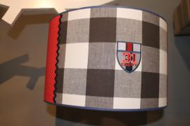 Hanglamp race met blauwe ruit en rode polkadots