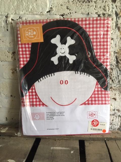 Dekbed 120x150 Piraat hoed rood