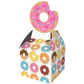 Donut uitdeeldoosjes