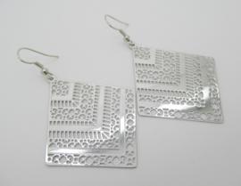 Zilverkleurige bohemian oorbellen