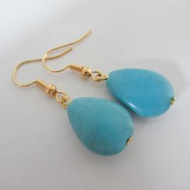 Goudkleurige turquoise druppel oorbellen