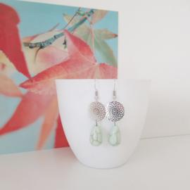 Zilverkleurige meadow turquoise druppel oorbellen
