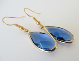 Goudkleurige blauwe druppel oorbellen